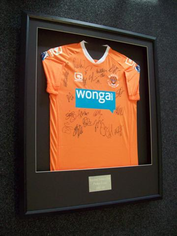 How To Frame A Shirt >> Madfish Photo Gallery